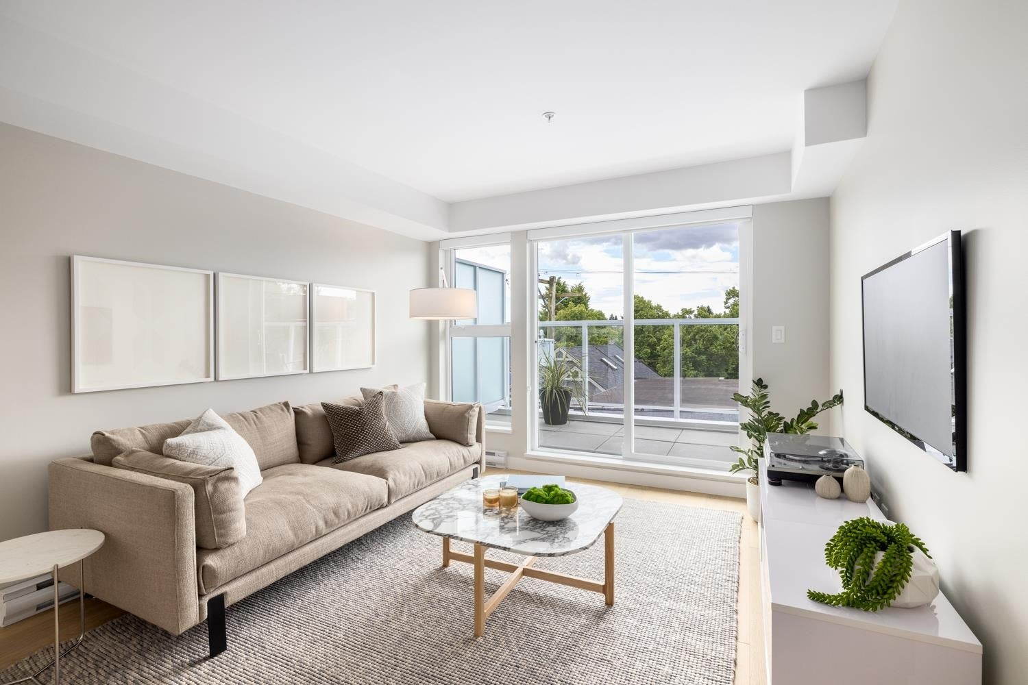 408 2508 FRASER STREET - Mount Pleasant VE Apartment/Condo for sale, 1 Bedroom (R2594774)