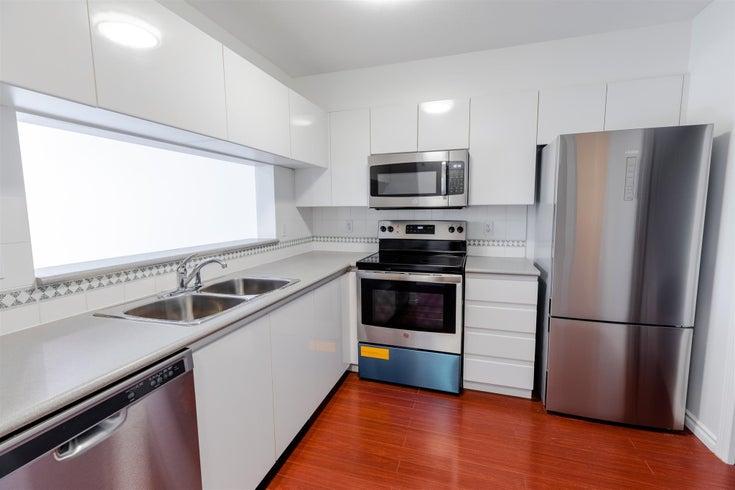 311 8460 JELLICOE STREET - South Marine Apartment/Condo for sale, 1 Bedroom (R2594817)
