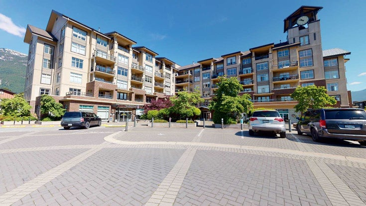 216 1211 VILLAGE GREEN WAY - Downtown SQ Apartment/Condo for sale, 2 Bedrooms (R2595175)