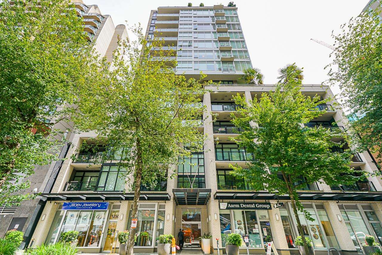 904 1252 HORNBY STREET - Downtown VW Apartment/Condo for sale, 2 Bedrooms (R2595282) - #1