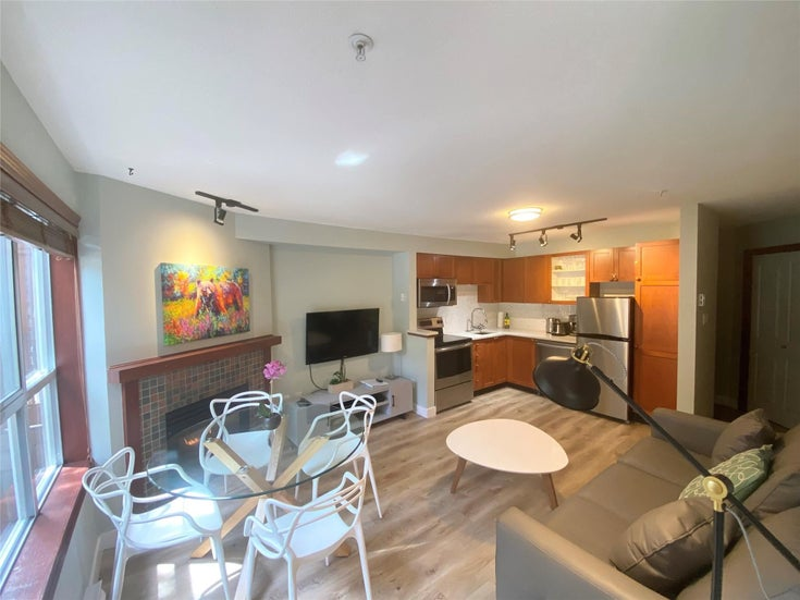 27/27A 4388 NORTHLANDS BOULEVARD - Whistler Village Townhouse for sale, 2 Bedrooms (R2595288)