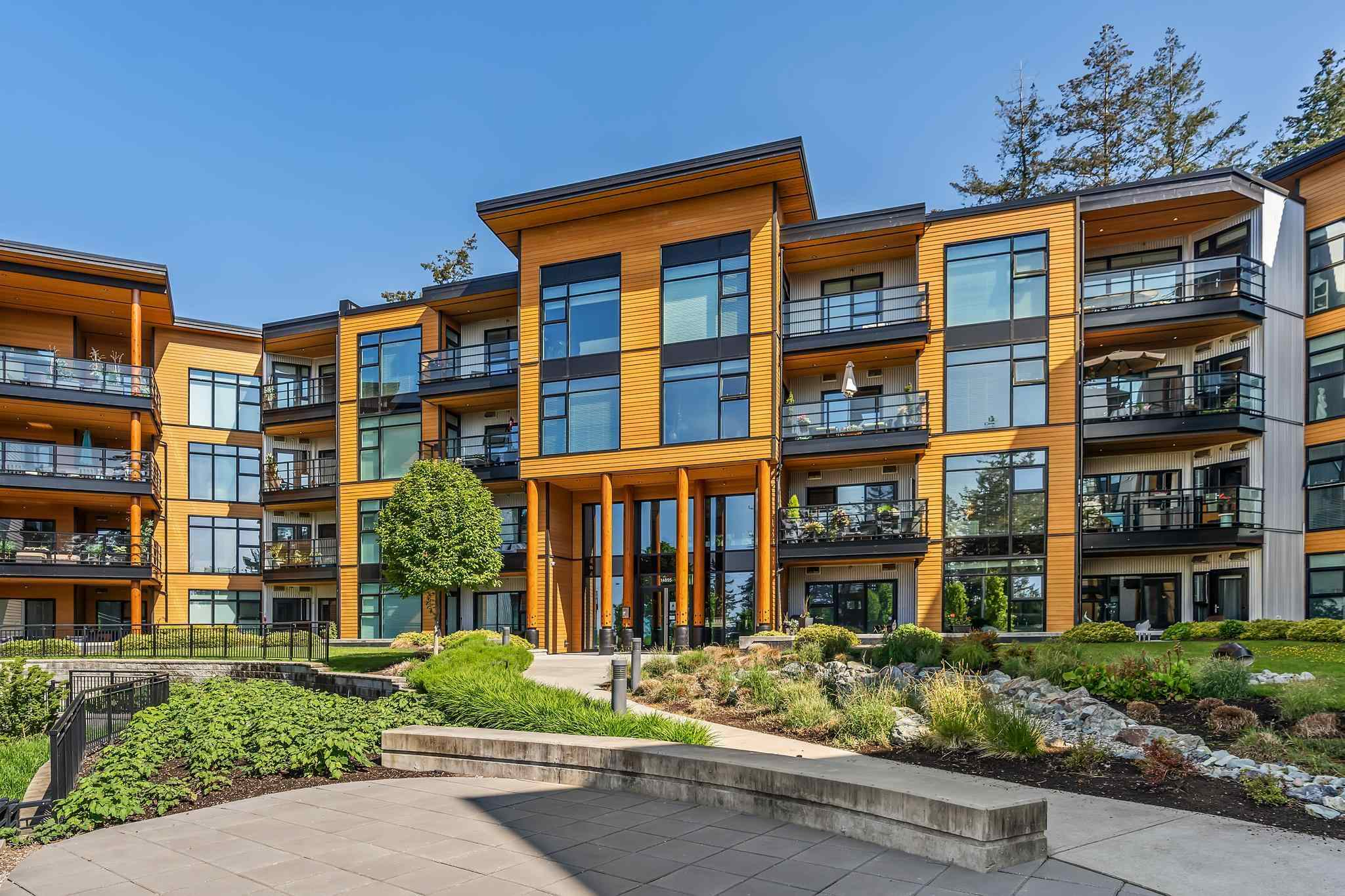 403 14855 THRIFT AVENUE - White Rock Apartment/Condo for sale, 2 Bedrooms (R2595360) - #1