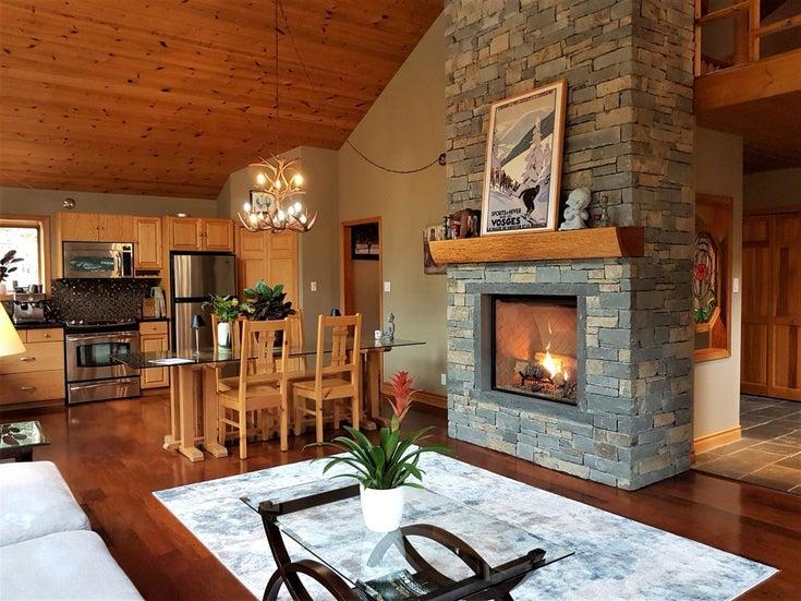 2347 CHEAKAMUS WAY - Whistler Village House/Single Family for sale, 4 Bedrooms (R2595543)