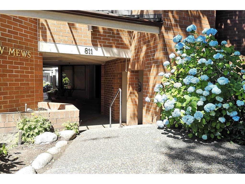 108 811 W 7TH AVENUE - Fairview VW Townhouse for sale, 3 Bedrooms (R2595669)