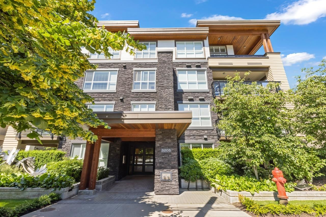 118 3205 MOUNTAIN HIGHWAY - Lynn Valley Apartment/Condo for sale, 2 Bedrooms (R2595798) - #1