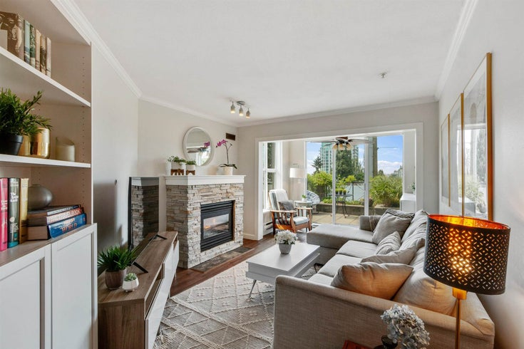 111 155 E 3RD STREET - Lower Lonsdale Apartment/Condo for sale, 2 Bedrooms (R2596200)