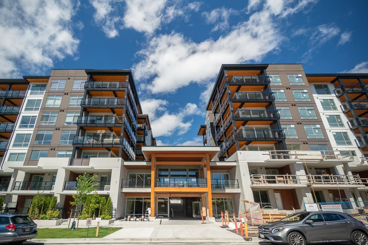 306 108 E 8TH STREET - Central Lonsdale Apartment/Condo for sale, 2 Bedrooms (R2597477)