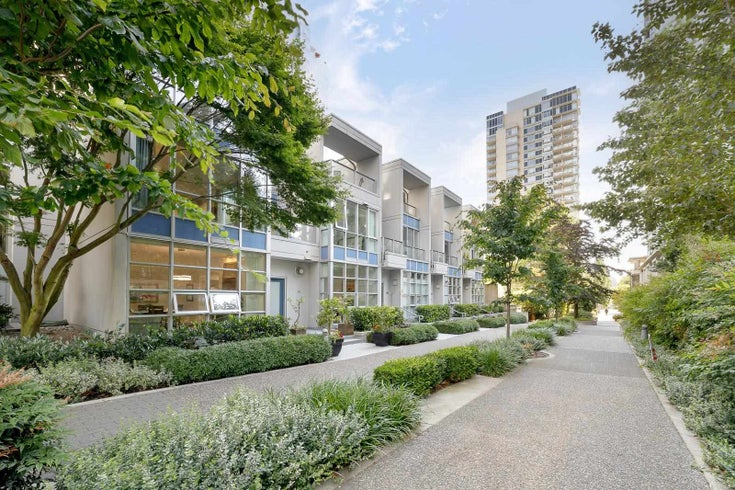 101 1420 STRATHMORE MEWS - Yaletown Townhouse for sale, 3 Bedrooms (R2597514)