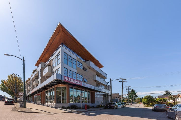 303 4338 COMMERCIAL STREET - Victoria VE Apartment/Condo for sale, 1 Bedroom (R2597605)