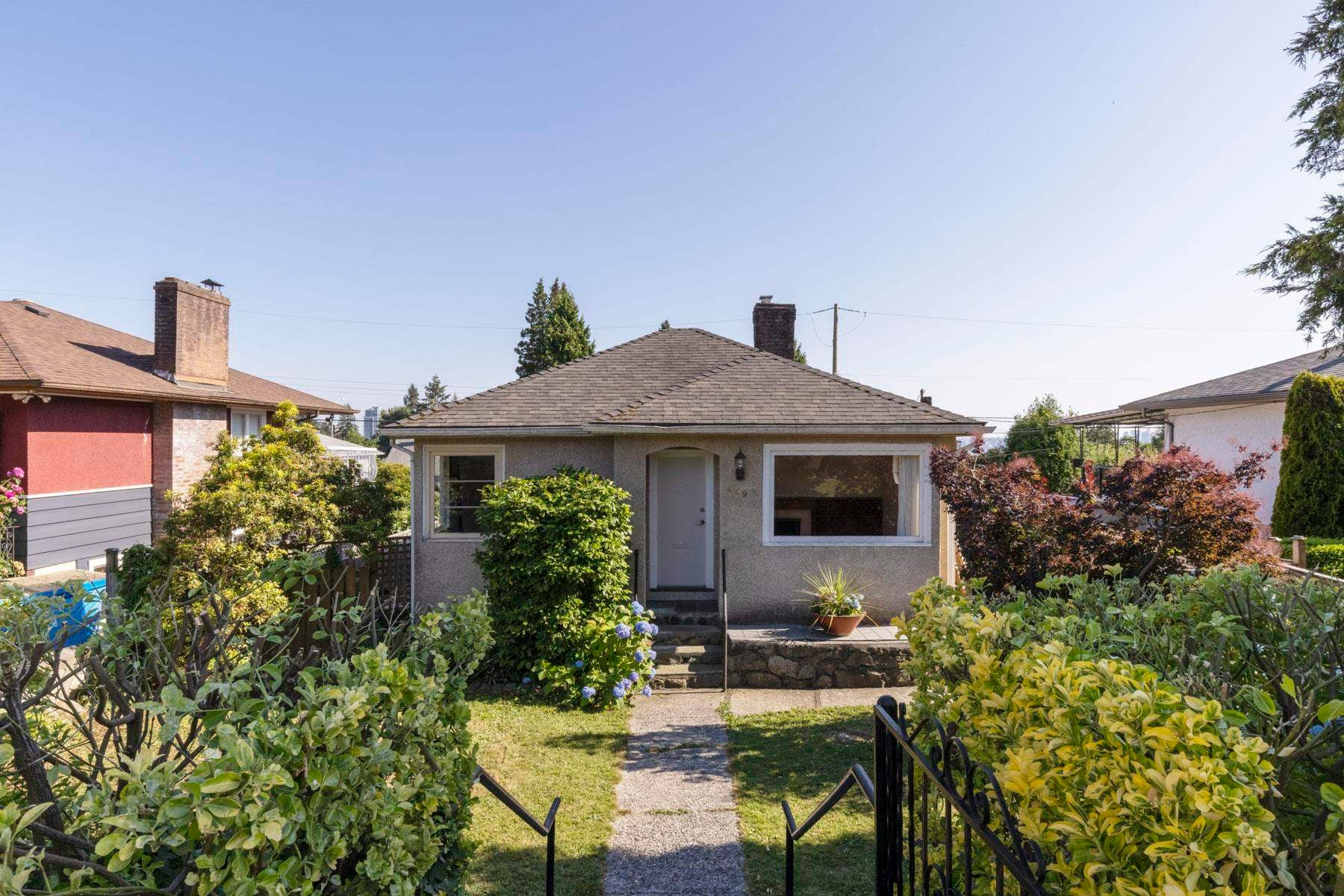 259 W 26TH STREET - Upper Lonsdale House/Single Family for sale, 3 Bedrooms (R2598485) - #1