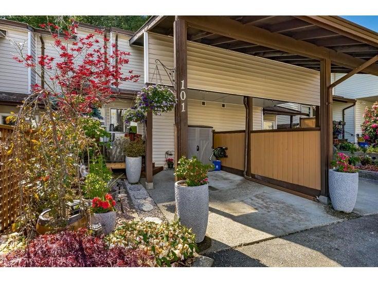 101 27272 32 AVENUE - Aldergrove Langley Townhouse for sale, 2 Bedrooms (R2598707)