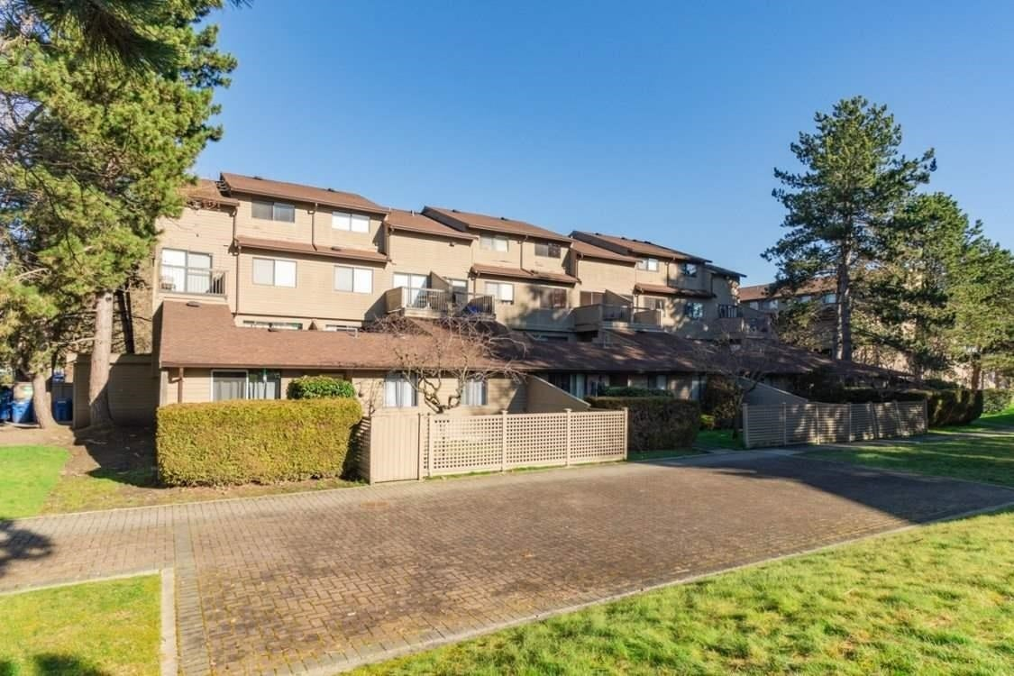 211 8060 COLONIAL DRIVE - Boyd Park Townhouse for sale, 3 Bedrooms (R2598810)