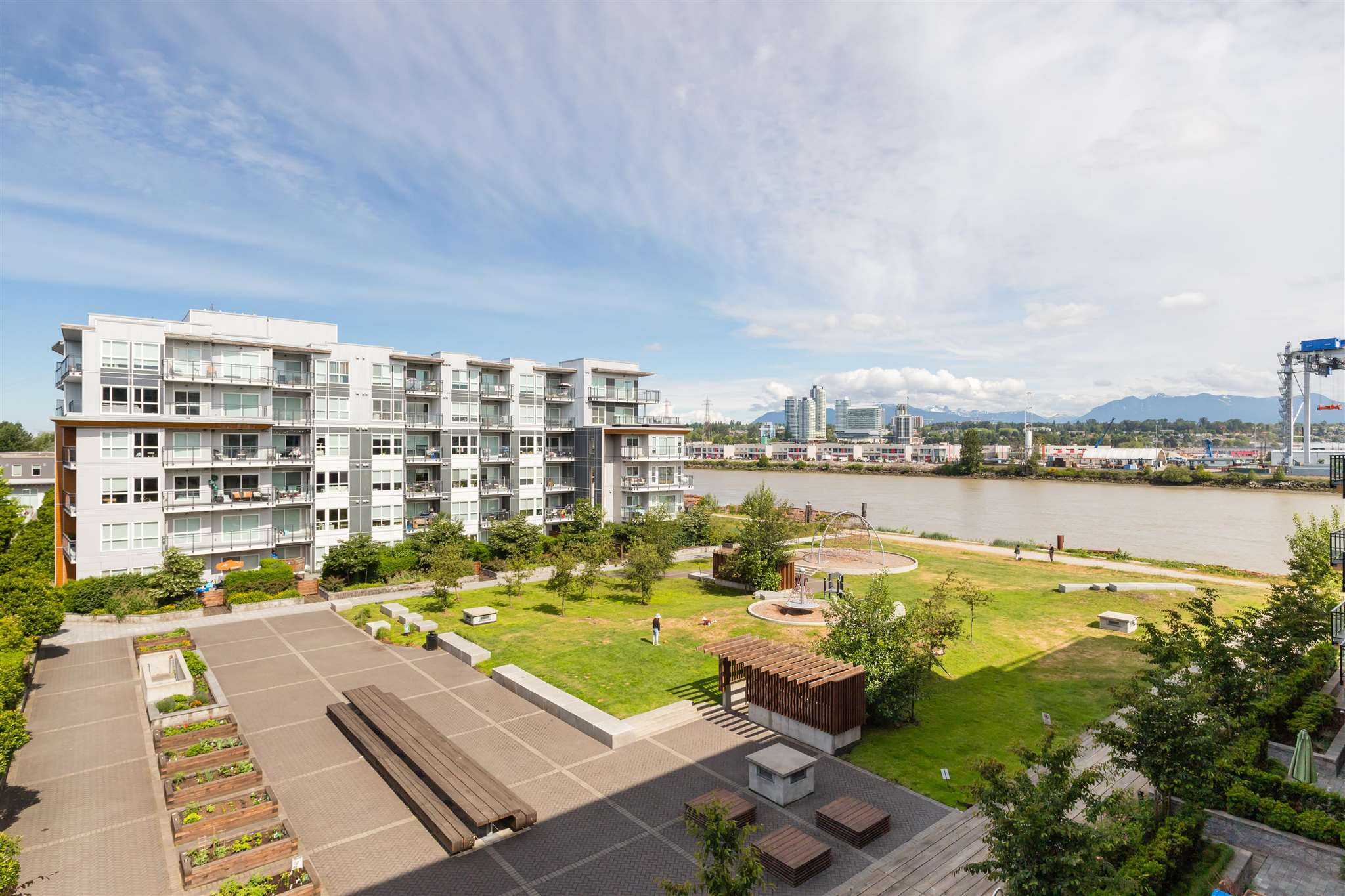 409 10177 RIVER DRIVE - Bridgeport RI Apartment/Condo for sale, 2 Bedrooms (R2598877)