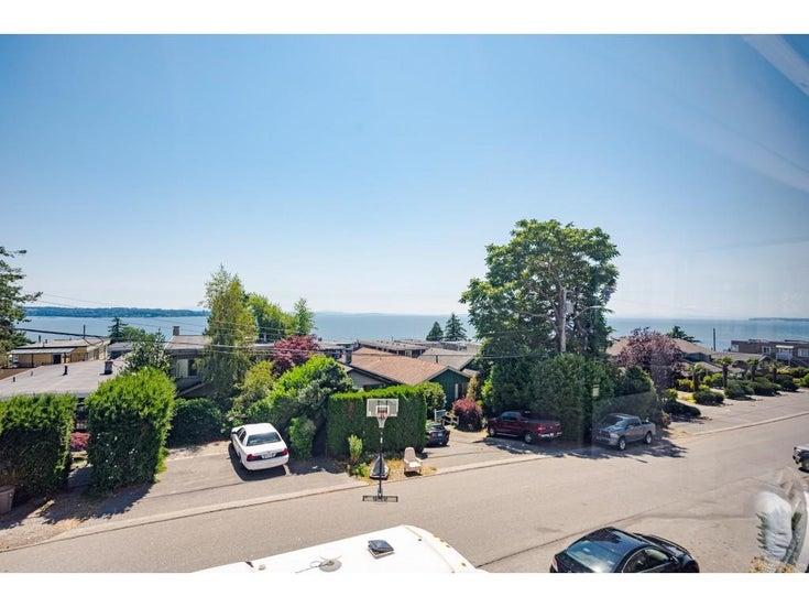 204 15176 BUENA VISTA AVENUE - White Rock Apartment/Condo for sale, 2 Bedrooms (R2599087)