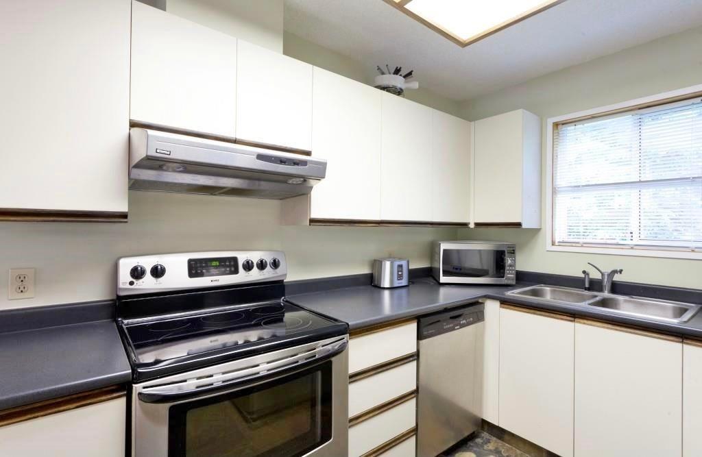 50 2322 CAYLEY CLOSE - Bayshores 1/2 Duplex for sale, 4 Bedrooms (R2599293) - #3
