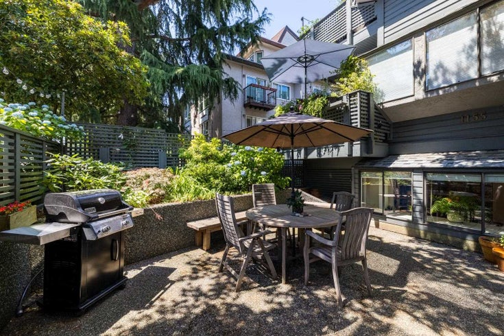 1 1155 W 10 AVENUE - Fairview VW Townhouse for sale, 2 Bedrooms (R2599310)