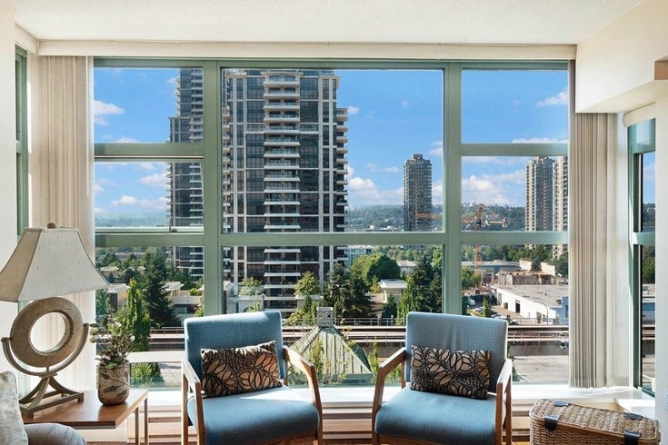 705 4388 BUCHANAN STREET - Brentwood Park Apartment/Condo for sale, 2 Bedrooms (R2599341)