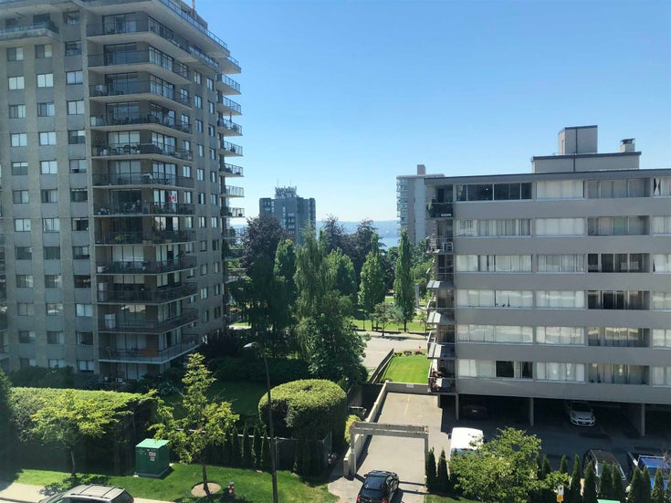 406 108 E 8TH STREET - Central Lonsdale Apartment/Condo for sale, 2 Bedrooms (R2599385)
