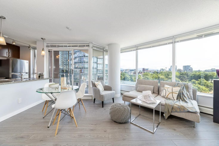 709 688 ABBOTT STREET - Downtown VW Apartment/Condo for sale, 2 Bedrooms (R2599532)