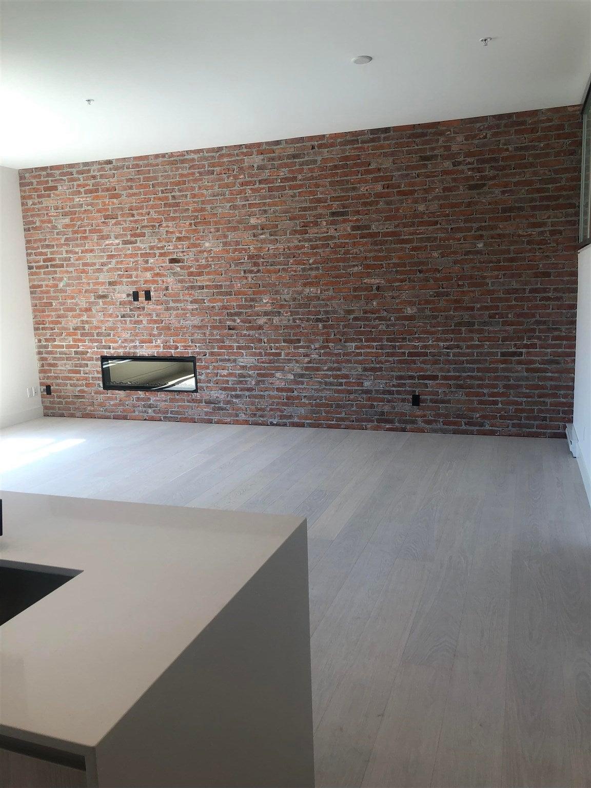 219 300 SALTER STREET - Queensborough Apartment/Condo for sale, 2 Bedrooms (R2599550)