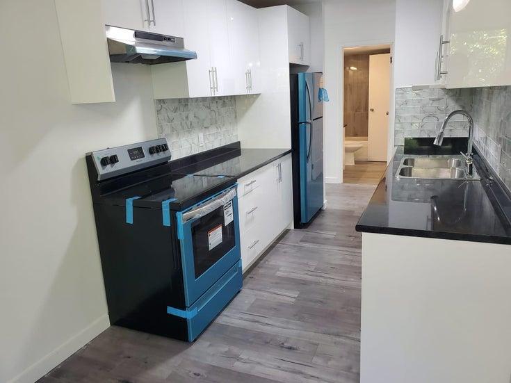 304 13501 96 AVENUE - Queen Mary Park Surrey Apartment/Condo for sale, 2 Bedrooms (R2599673)