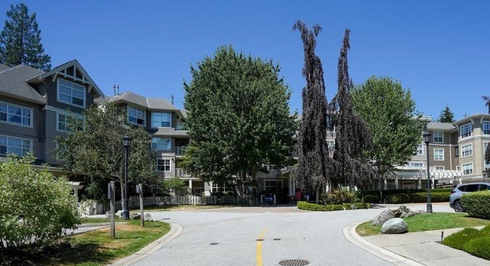 107 960 LYNN VALLEY ROAD - Lynn Valley Apartment/Condo for sale, 2 Bedrooms (R2599701) - #1