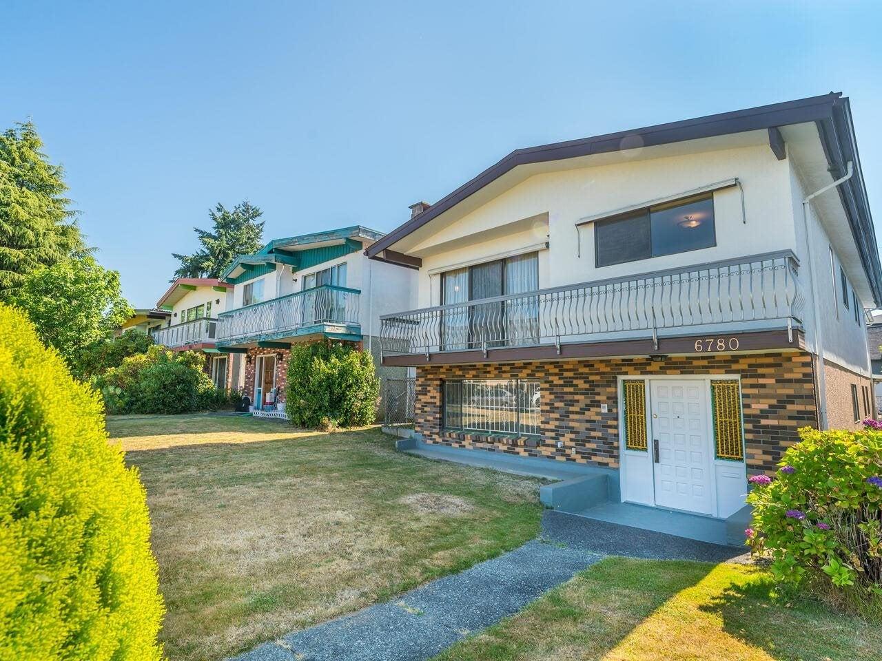 6780 LANARK STREET - Knight House/Single Family for sale, 6 Bedrooms (R2600028) - #1