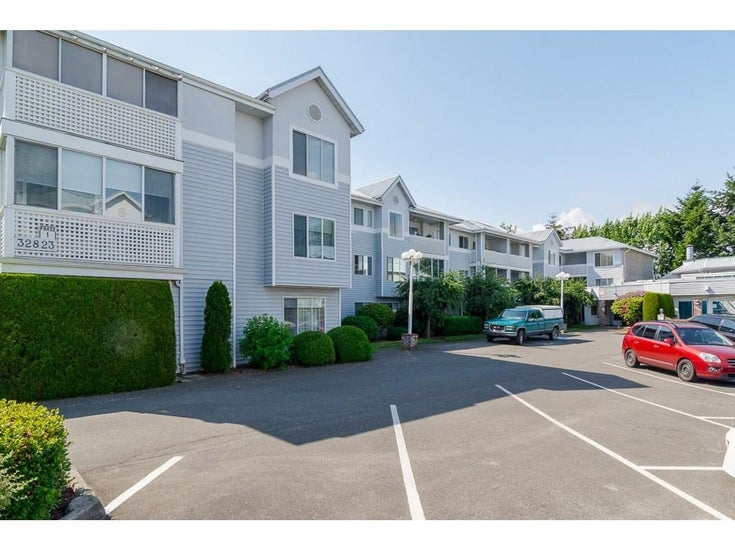 103 32823 LANDEAU PLACE - Central Abbotsford Apartment/Condo for sale, 2 Bedrooms (R2600171)