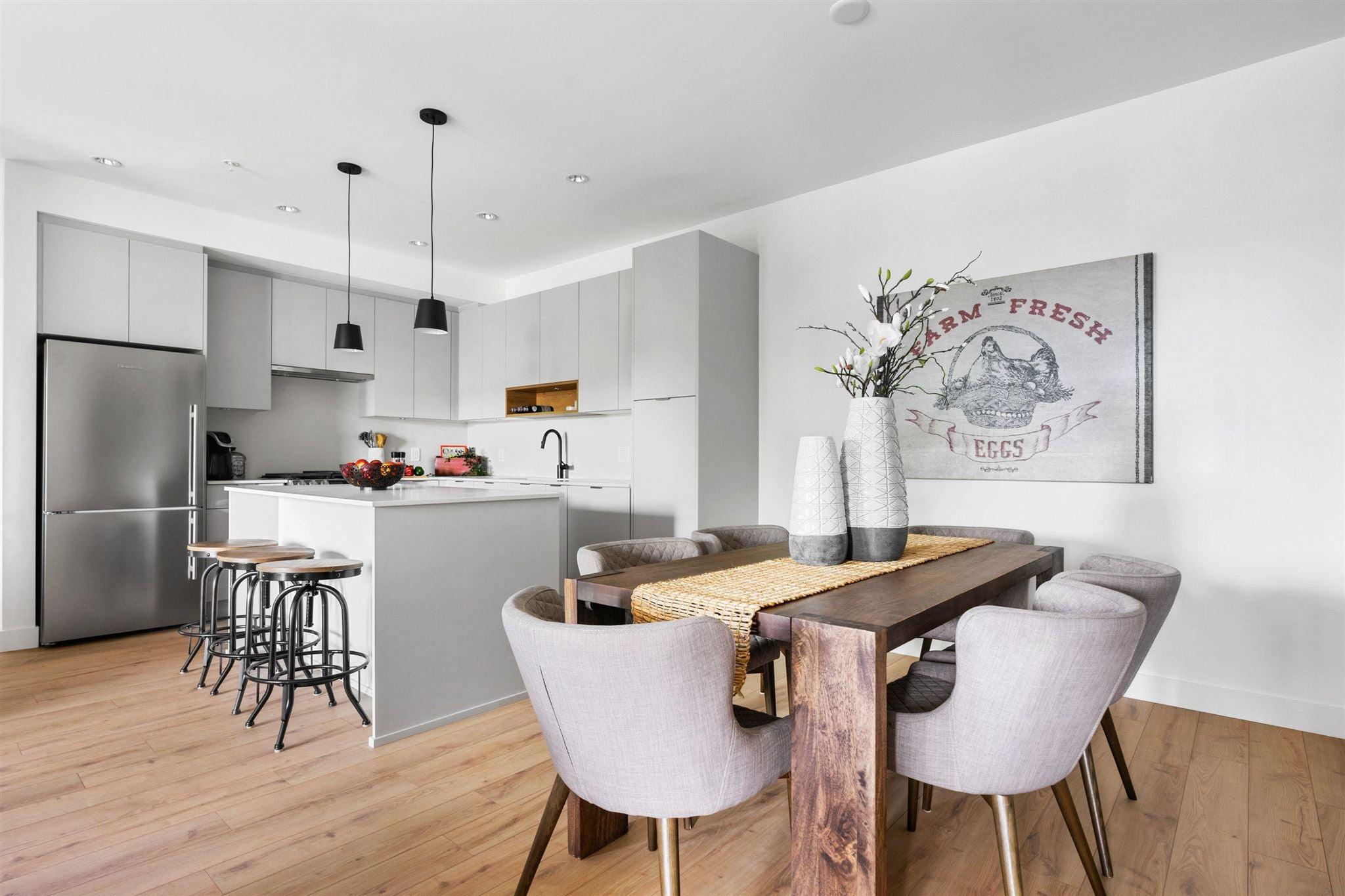 328 2493 MONTROSE AVENUE - Central Abbotsford Apartment/Condo for sale, 3 Bedrooms (R2600182) - #1
