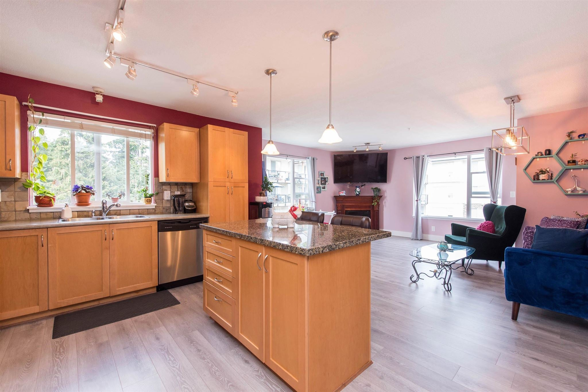316 2955 DIAMOND CRESCENT - Abbotsford West Apartment/Condo for sale, 2 Bedrooms (R2600354) - #1