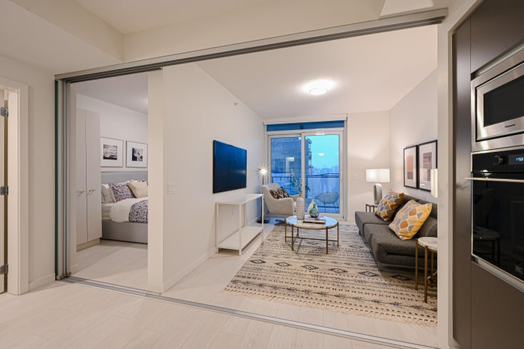 822 180 E 2ND AVENUE - Mount Pleasant VE Apartment/Condo for sale, 2 Bedrooms (R2600596)