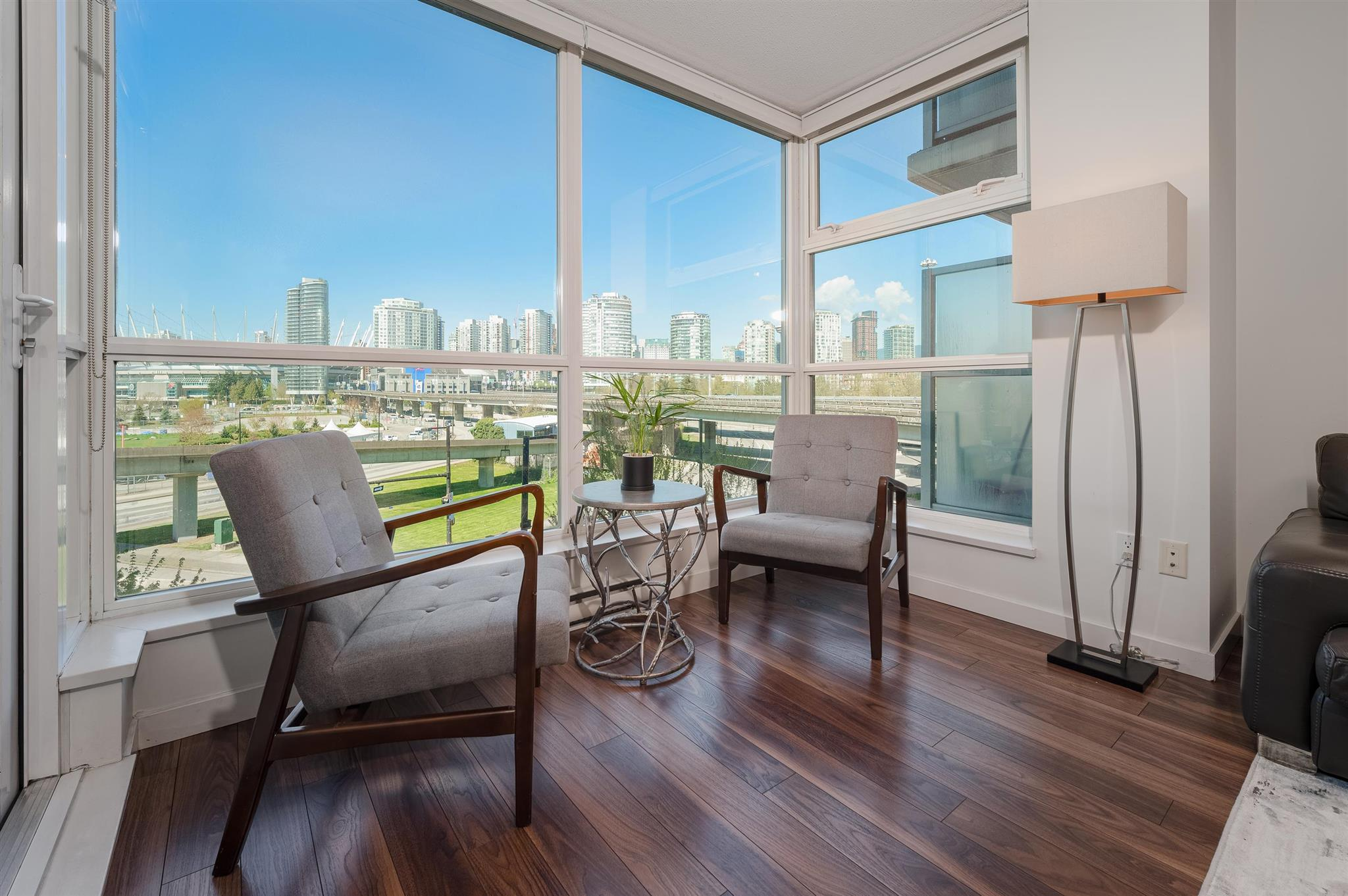407 125 MILROSS AVENUE - Downtown VE Apartment/Condo for sale, 1 Bedroom (R2600803) - #1