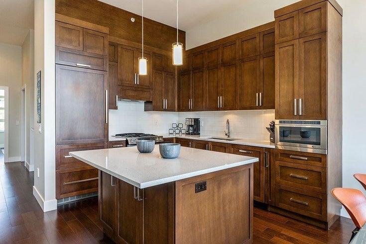 209 13585 16 AVENUE - Crescent Bch Ocean Pk. Townhouse for sale, 3 Bedrooms (R2600810)