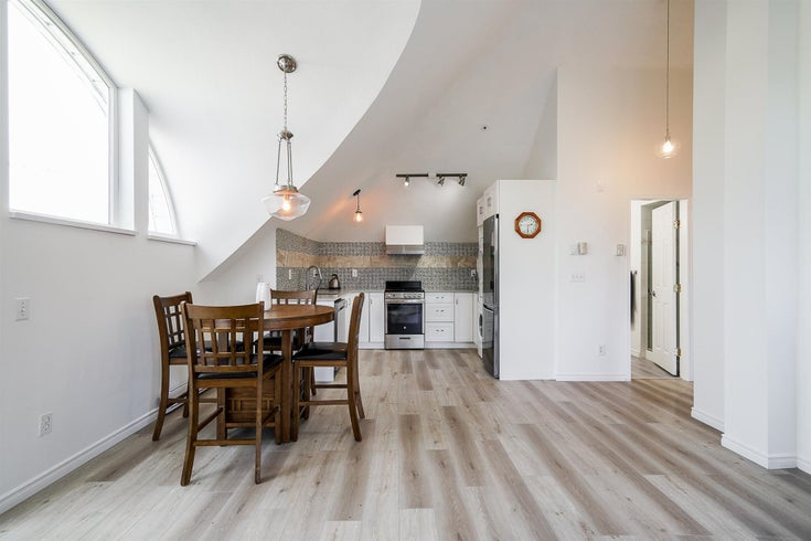 402 1570 PRAIRIE AVENUE - Glenwood PQ Apartment/Condo for sale, 1 Bedroom (R2600996)