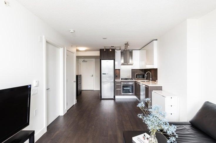 1303 3007 GLEN DRIVE - North Coquitlam Apartment/Condo for sale, 1 Bedroom (R2601228)