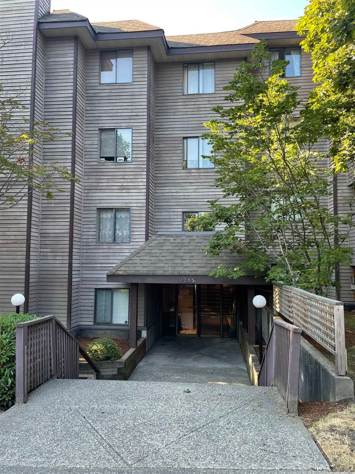 101 2215 DUNDAS STREET - Hastings Apartment/Condo for sale, 1 Bedroom (R2601347) - #1