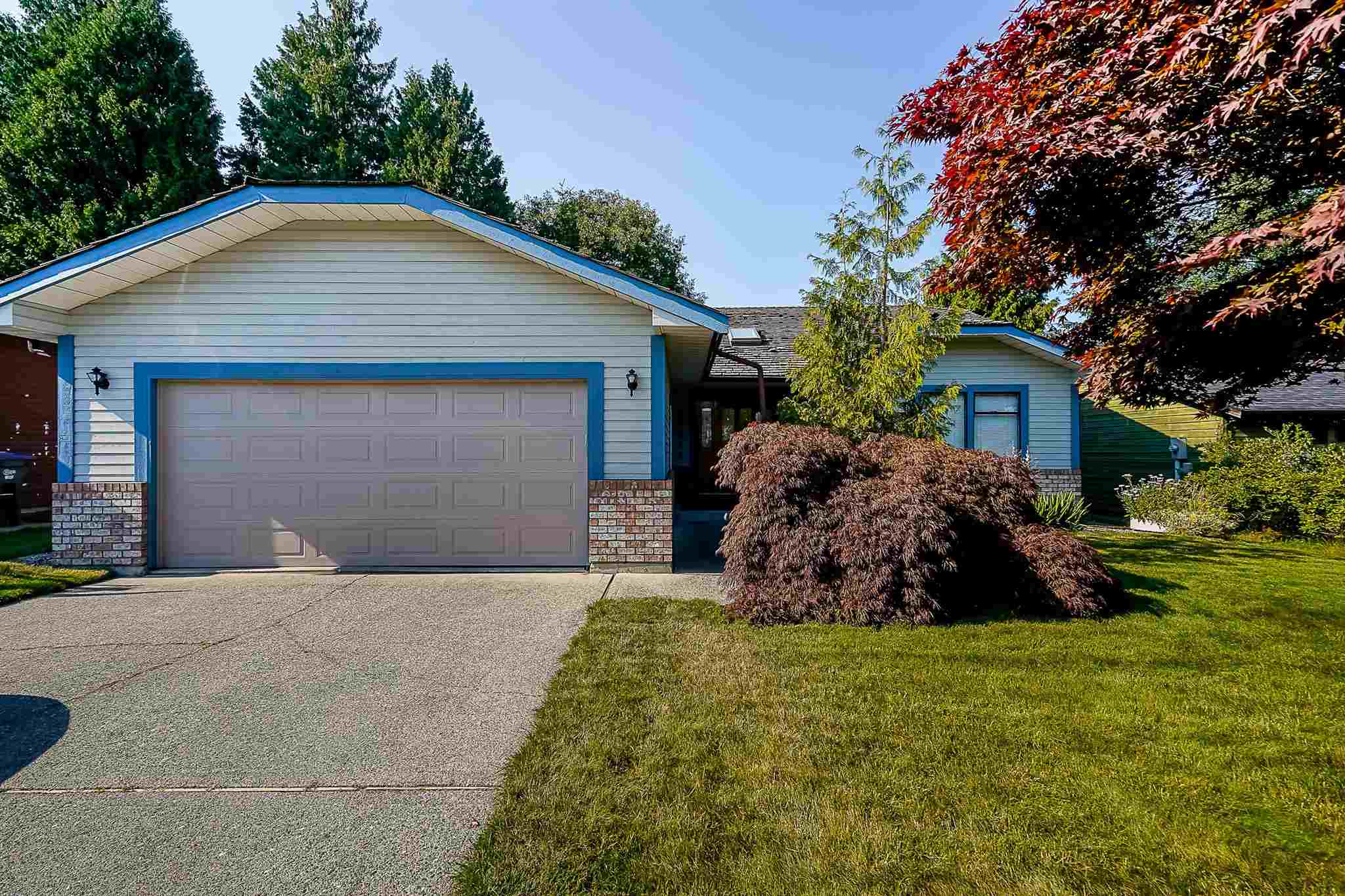15671 97 AVENUE - Guildford House/Single Family for sale, 3 Bedrooms (R2601387)