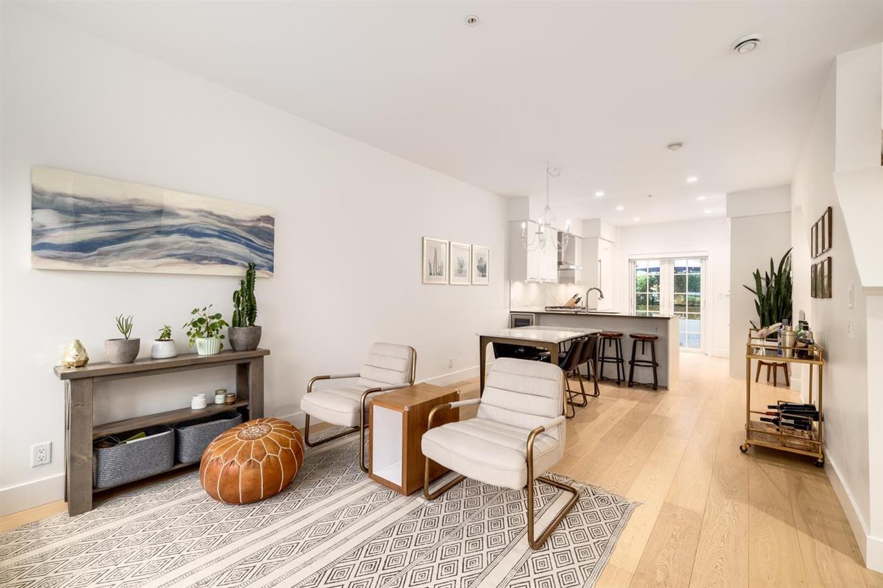 3 1133 RIDGEWOOD DRIVE - Edgemont Townhouse for sale, 3 Bedrooms (R2601398)