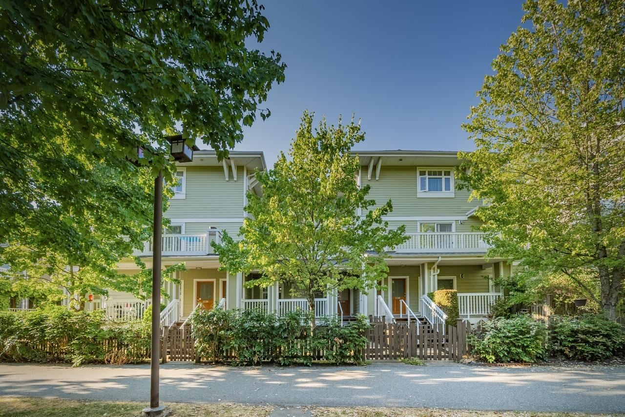 140 7388 MACPHERSON AVENUE - Metrotown Townhouse for sale, 3 Bedrooms (R2601487)