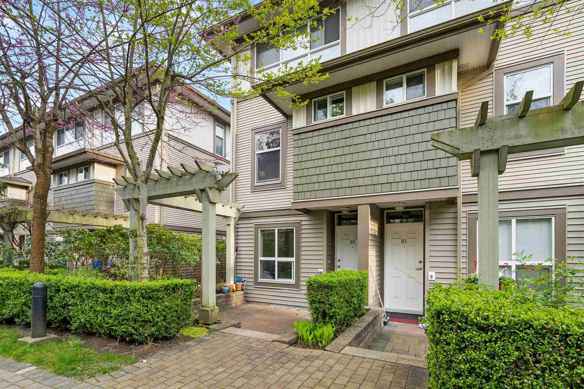 80 15353 100 AVENUE - Guildford Townhouse for sale, 3 Bedrooms (R2601527)