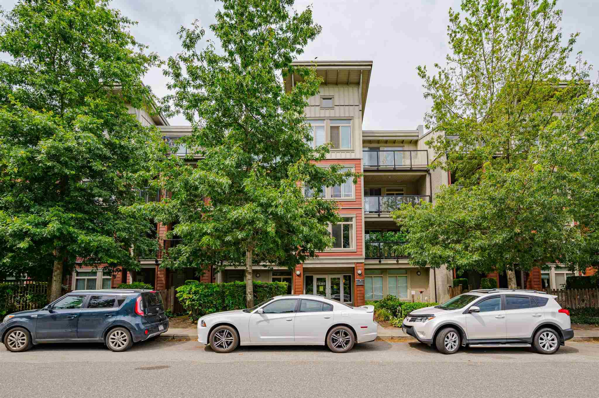 104 15385 101A AVENUE - Guildford Apartment/Condo for sale, 1 Bedroom (R2601711)