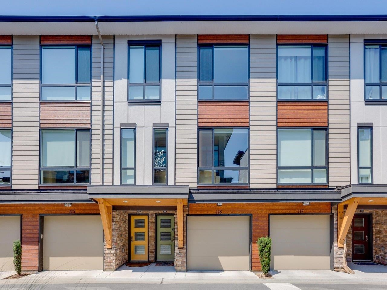 116 16488 64 AVENUE - Cloverdale BC Townhouse for sale, 3 Bedrooms (R2601815)