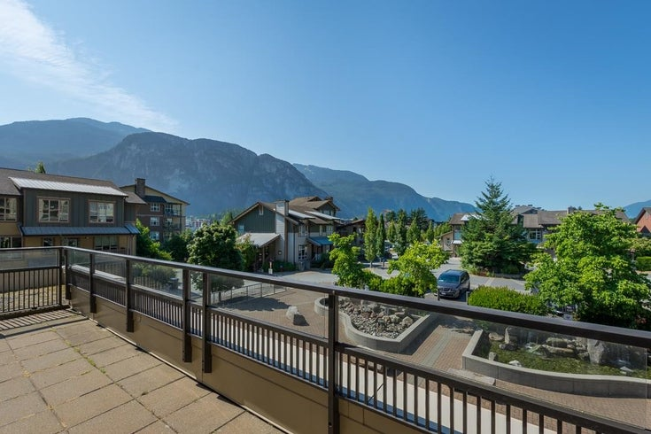 220 1211 VILLAGE GREEN WAY - Downtown SQ Apartment/Condo for sale, 1 Bedroom (R2601823)