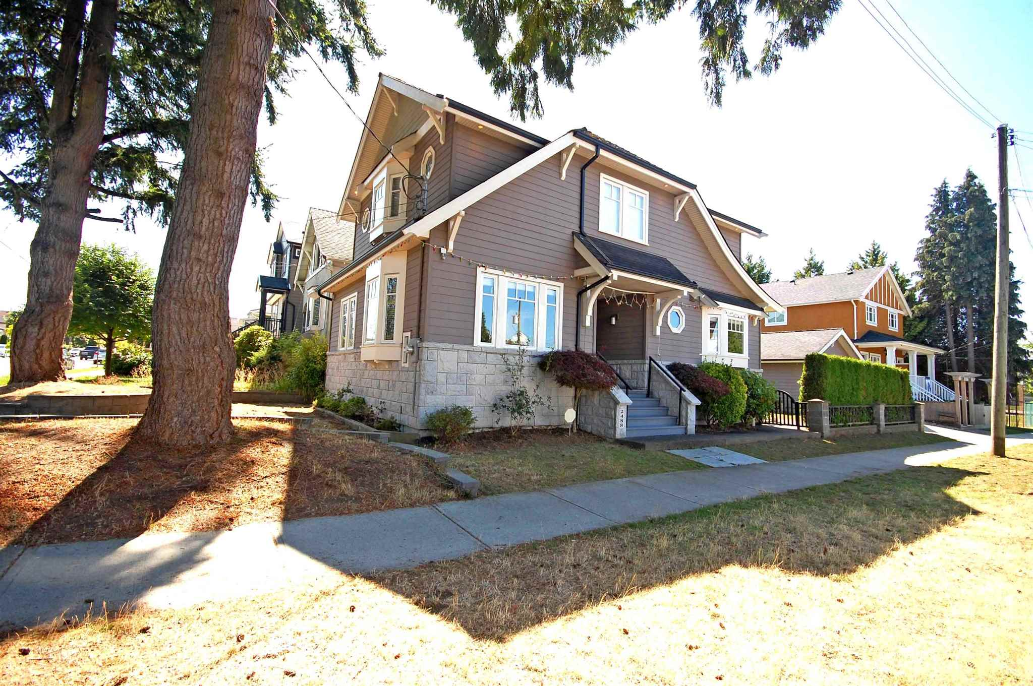 2488 E 37TH AVENUE - Collingwood VE House/Single Family for sale, 7 Bedrooms (R2601929) - #1