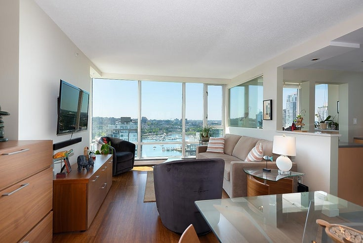 2701 1201 MARINASIDE CRESCENT - Yaletown Apartment/Condo for sale, 2 Bedrooms (R2602027)