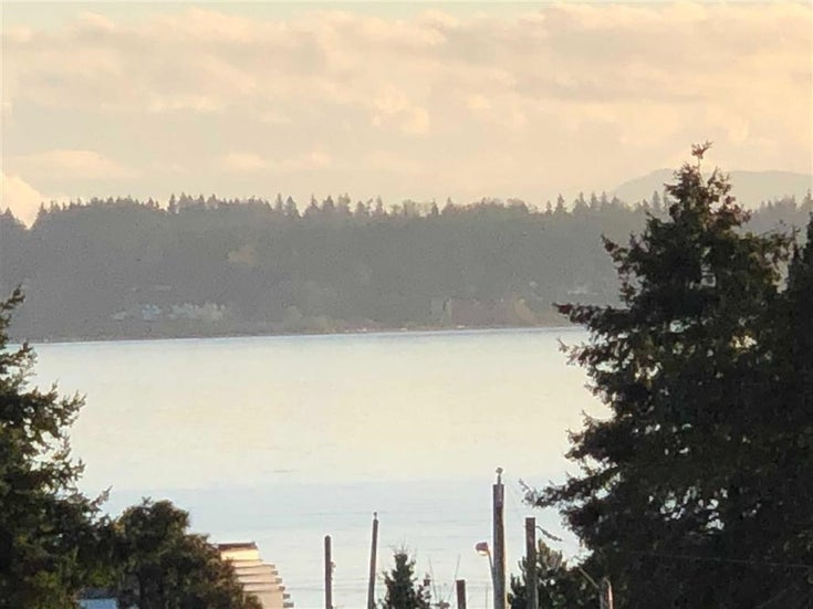 972 FINLAY STREET - White Rock House/Single Family for sale, 2 Bedrooms (R2602088)