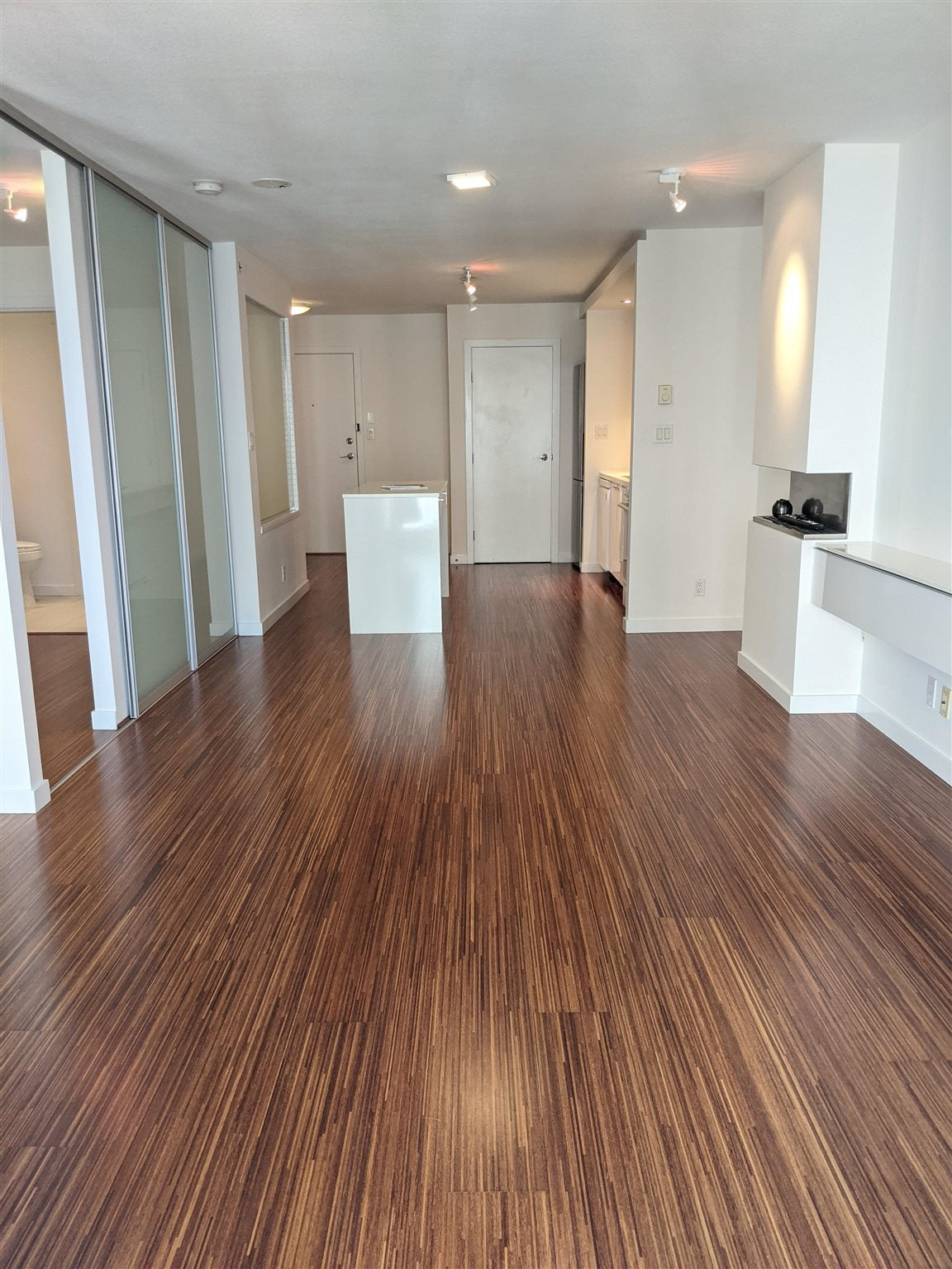 710 328 E 11TH AVENUE - Mount Pleasant VE Apartment/Condo for sale, 1 Bedroom (R2602114) - #1