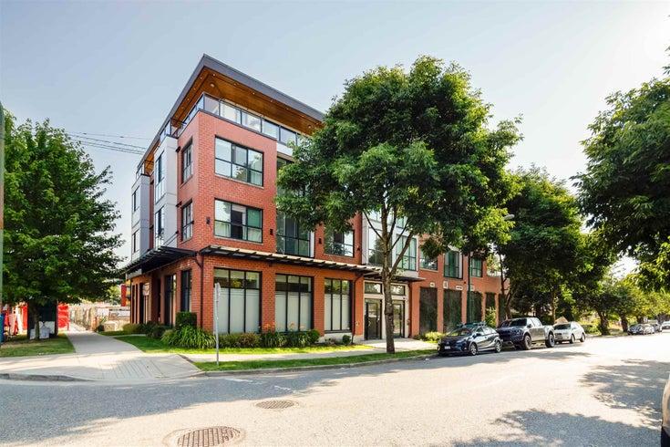 301 688 E 18TH AVENUE - Fraser VE Apartment/Condo for sale, 2 Bedrooms (R2602132)