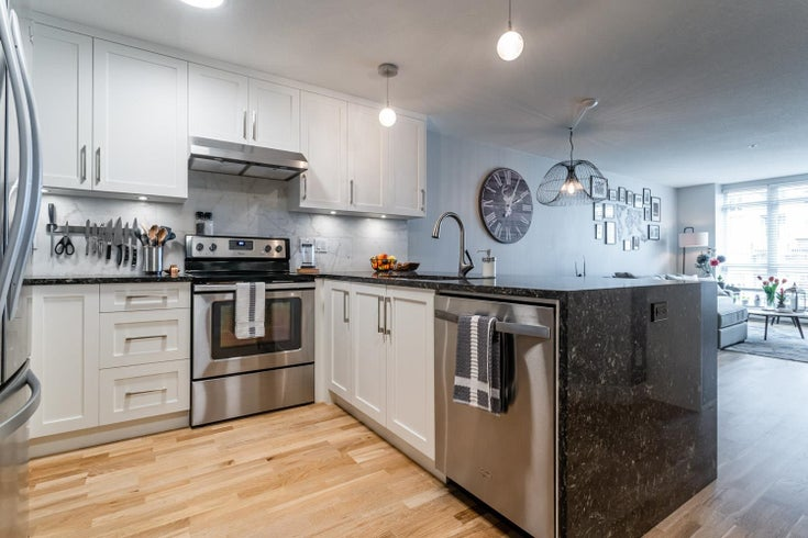 206 3142 ST JOHNS STREET - Port Moody Centre Apartment/Condo for sale, 2 Bedrooms (R2602260)