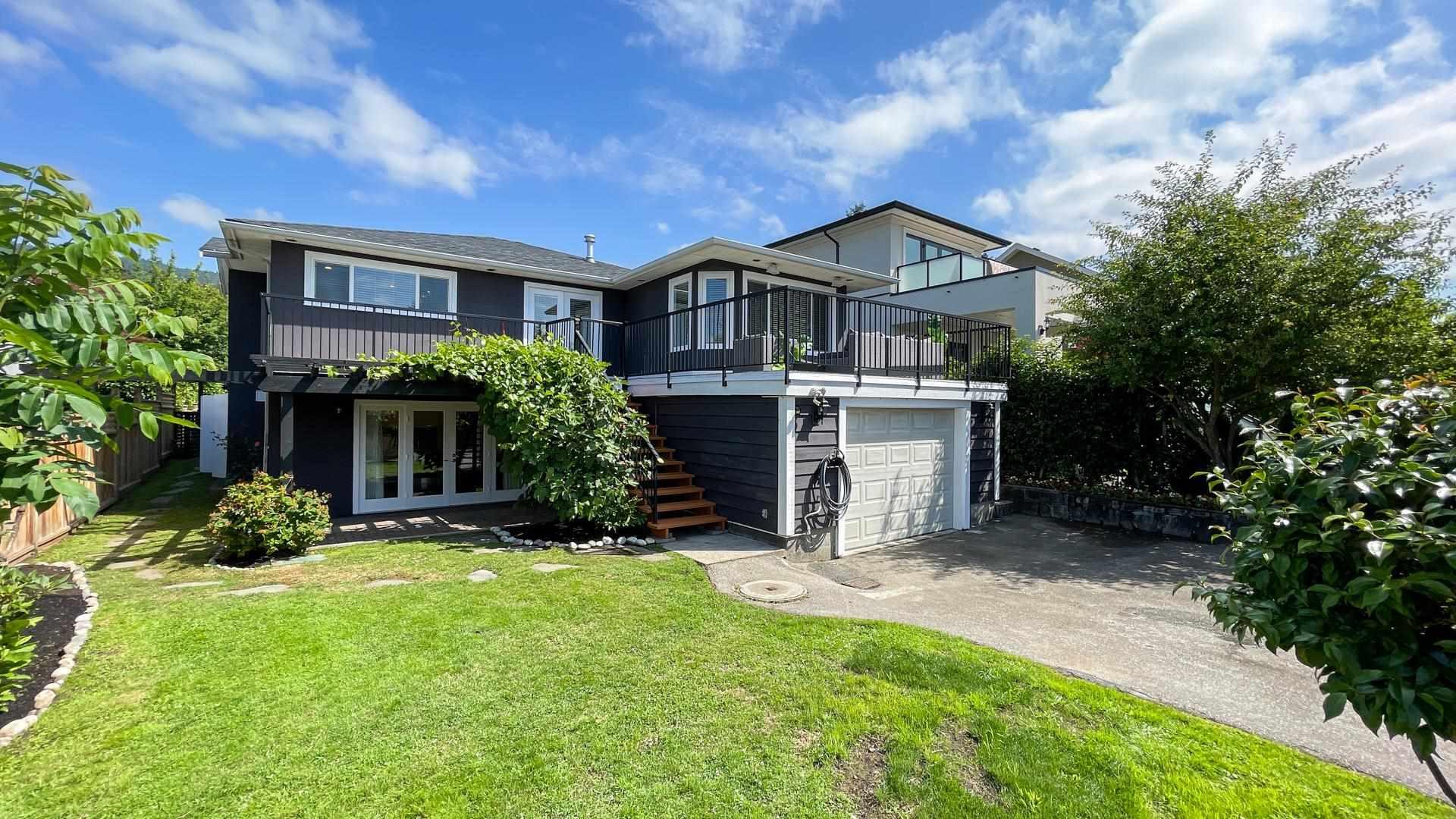 1168 JEFFERSON AVENUE - Ambleside House/Single Family for sale, 6 Bedrooms (R2602275) - #1
